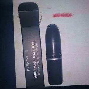 MAC LIPSTICK 15 kinde sexy NEW IN BOX